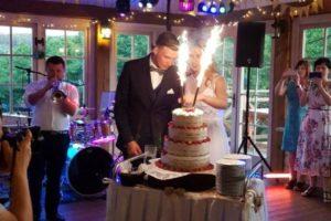 atrakcja tort 576x1024 300x200 Wesele